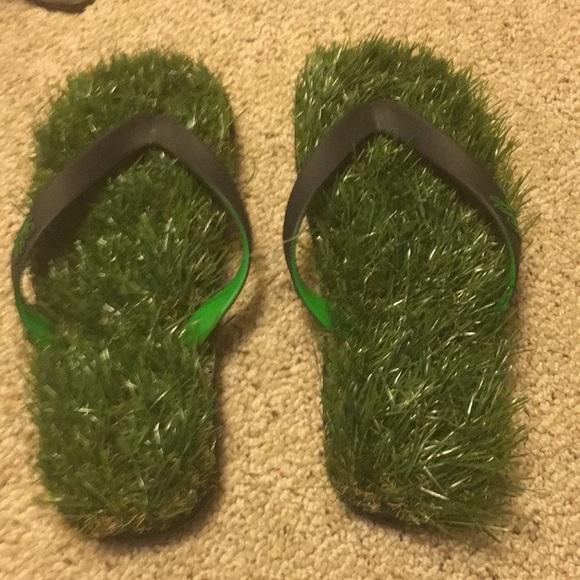 d3adb6926dd gff Shoes - Grass flip flops- green and black trim.